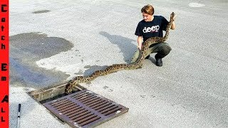 Download CITY SEWER FISHING a 15 FOOT Long GIANT! Video
