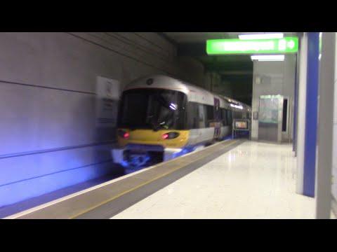 Heathrow Express 332008 & 332014 @  Heathrow Terminal 5