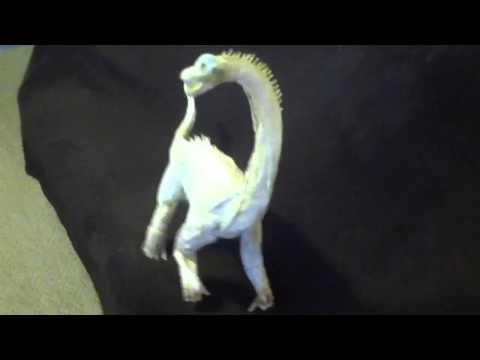 Brachiosaur paper mâché progress 8