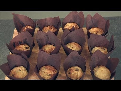 How To Make Easy Carrot Muffins