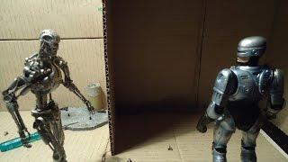 TERMINATOR vs. RoboCop (stop-motion BATTLE 1)