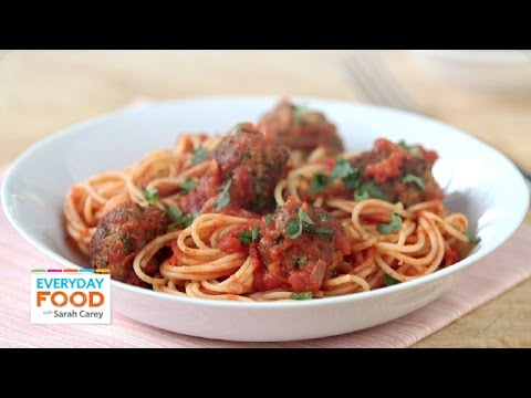 Sriracha-Marinara Sauce with Meatballs - Everyday Food with Sarah Carey
