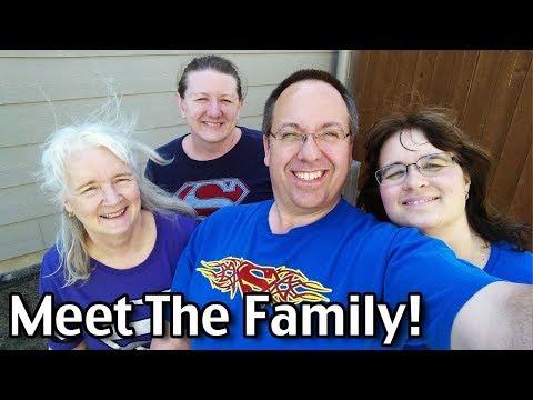 Meet The Family! Living The Dream in Kansas!