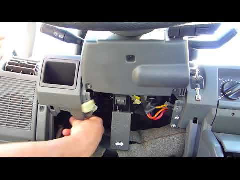 How to change the speedometer cable on Renault Clio 1