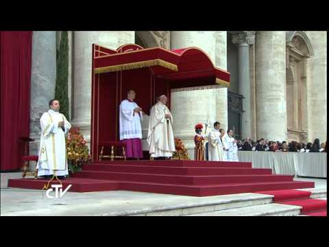 [VIDEO] El Papa Francisco declara santos a San Juan Pablo II y San Juan XXIII