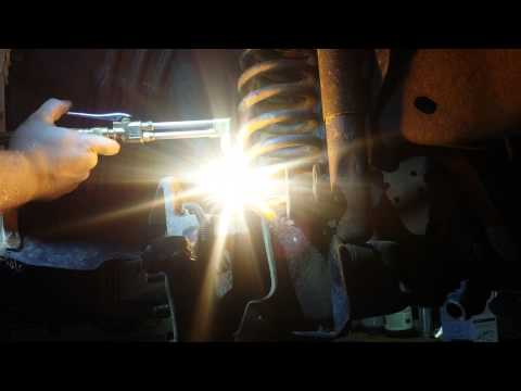Ball joint nut removal