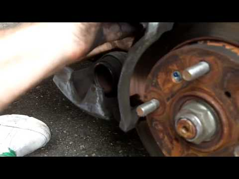 2001 Honda Accord How to Replace Front Brake Pads