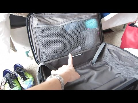 FLIGHT ATTENDANT BAG | FLIGHT ATTENDANT LIFE | VLOG 60