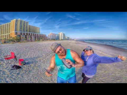 Bailecito en la Playa - Moock Portable Bluetooth Speakers
