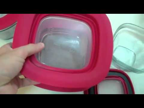 Rubbermaid 8 Piece Glass Food Storage Container Set with Easy Find Lid