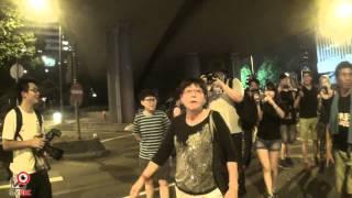 6oct2014女市民挑機學生追唱生日歌