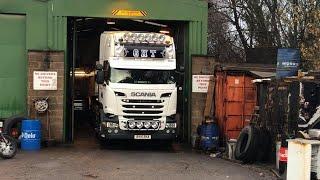 Custom Scania V8 @ J23 Truck Stop