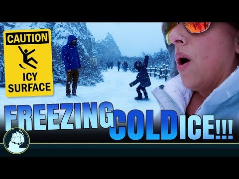 Ender SLIPPED ON ICE! Garden of the Gods in the SNOW! | MackeyFam