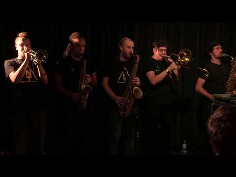 Nubiyan Twist - Shake Me Down (live for SoulandJazz.com and Sennheiser UK)
