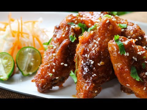CRISPY OVEN-BAKED CHICKEN WINGS - With Sweet and Sour Sauce