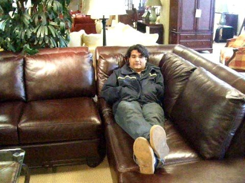 Junnaid's thoughts on the Torino Leather Couch