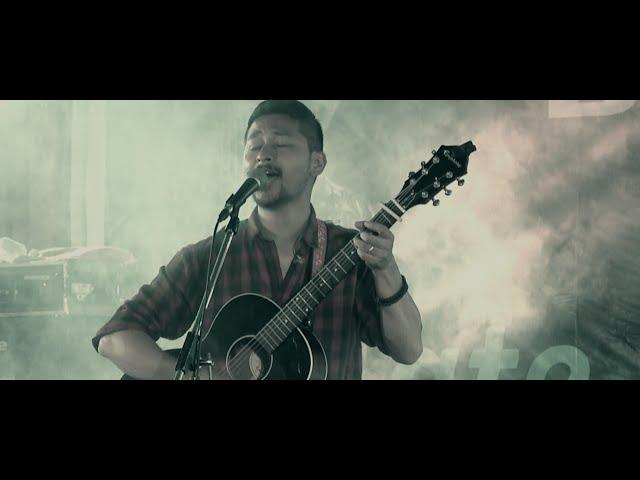 Download Bipul Chettri & The Travelling Band - Asaar (Live in Kalimpong) MP3 Gratis