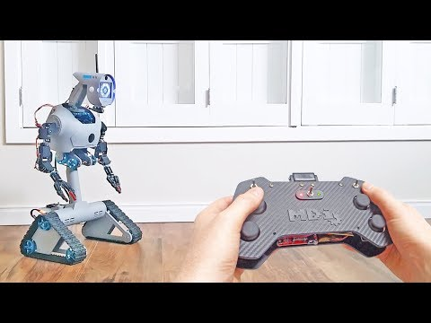 Remote controlled robot, based on Arduino, Makeblock and DIY parts