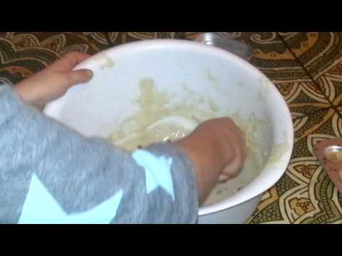 Do It Yourself Easy Bake Oven jiffy mix part 1