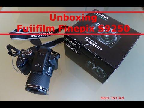 Fujifilm Finepix S9250 Digital Camera Unboxing