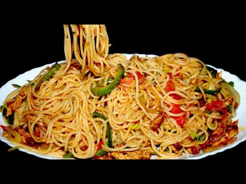 Spicy Spaghetti/Homemade Spaghetti Recipe/Chicken Vegetable Spaghetti (COOKING WITH HADIQA)