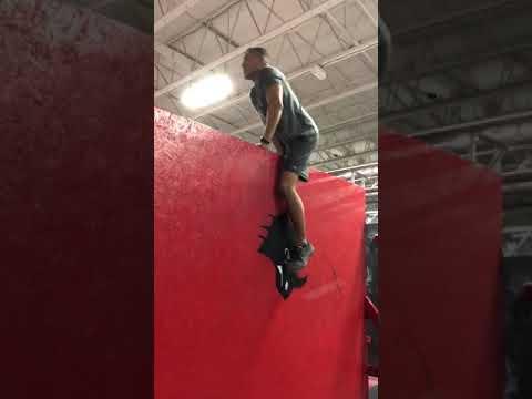 Reggie: 10-ft Wall Climb