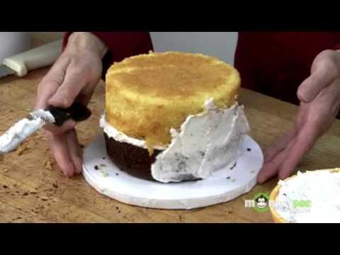 Fondant Cake Decorating - Crumb Coating