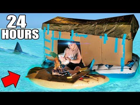 24 HOUR BOX FORT BOAT SURVIVAL CHALLENGE! 📦