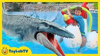 Download Jurassic World Fallen Kingdom Dinosaur Water Toys, Giant Mosasaurus & Fun Toy Dinosaurs Set for Kids Video