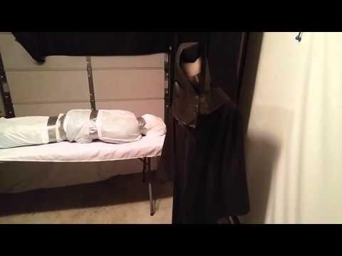 DIY Halloween Props - body bag and animated man