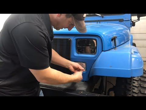 How To Replace Jeep YJ Turn Signal Bulb