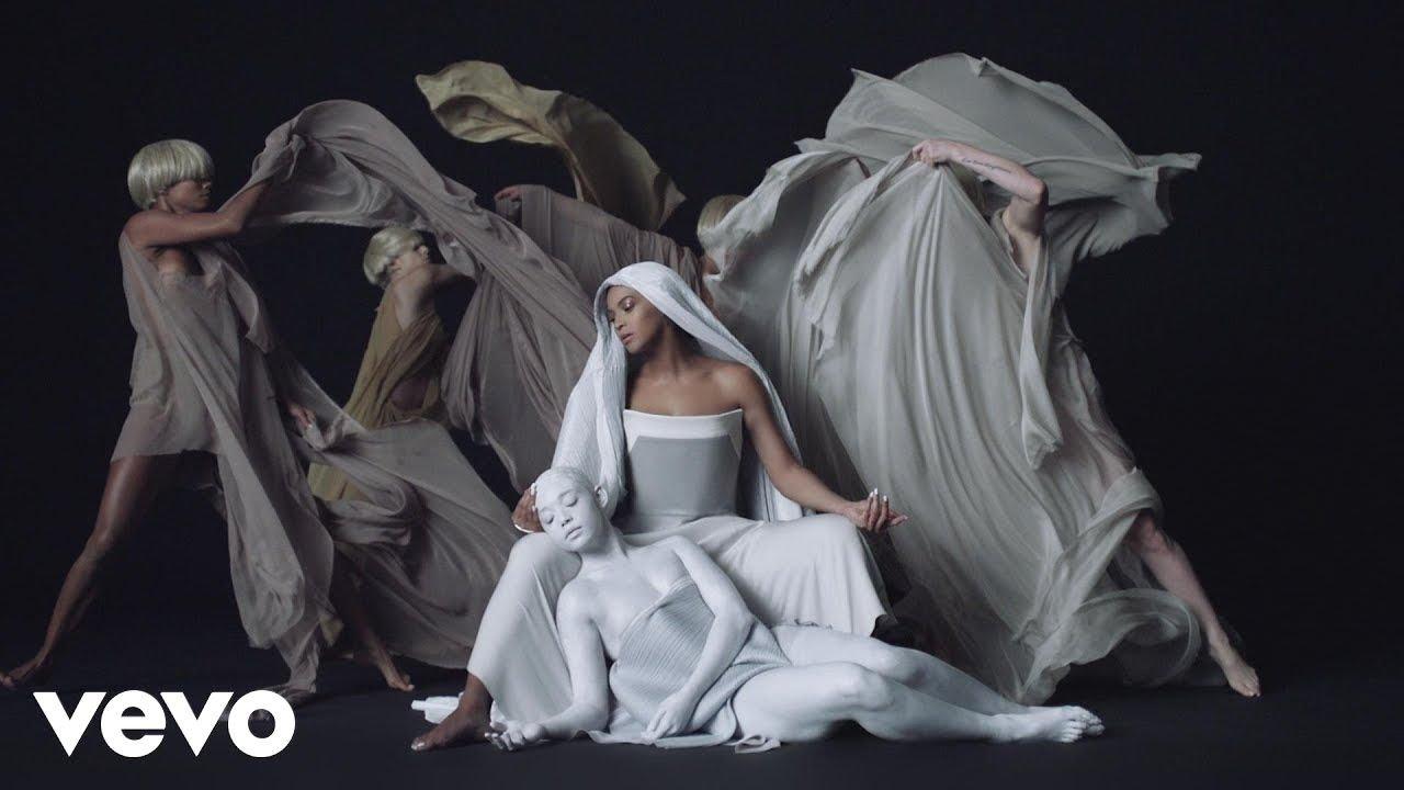 Beyoncé - Mine (feat. Drake)