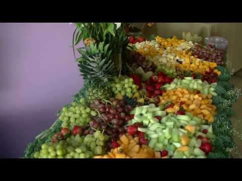 How To Build A Fruit and Cheese Display