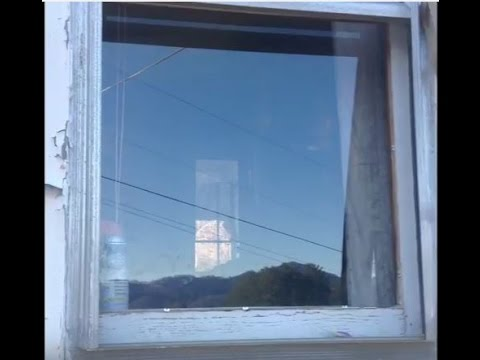 Repair a broken window - Quick and Easy Fix - Replace Glass Simple DIY Fix Old Wooden Frame