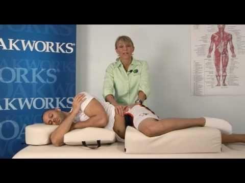 Debbie Roberts Assessing Quadratus Lumborum Pain Using Oakworks Massage Equipment