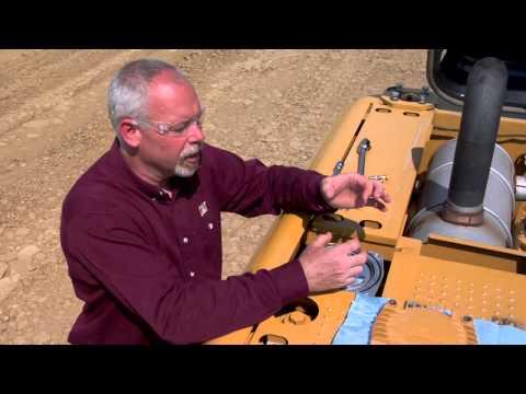 Properly Changing Return Filter on Cat® Hydraulic Excavators