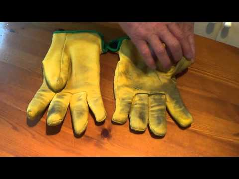 Drivers Gloves review - window cleaning gloves