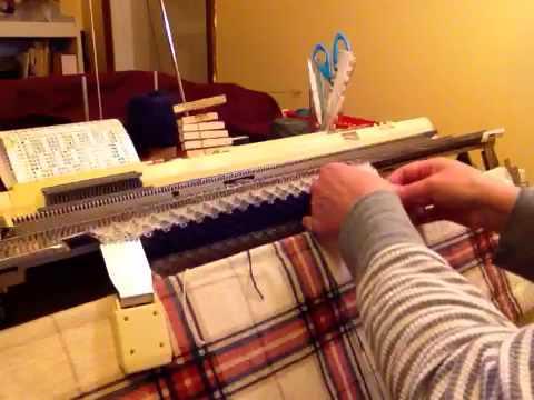 Handling stripes on a knitting machine