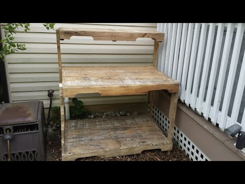 My wife's new potting bench made from pallet wood