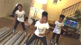 Download X2 KEKE TAUGHT ME HOW TO DO IT!!!!! Video