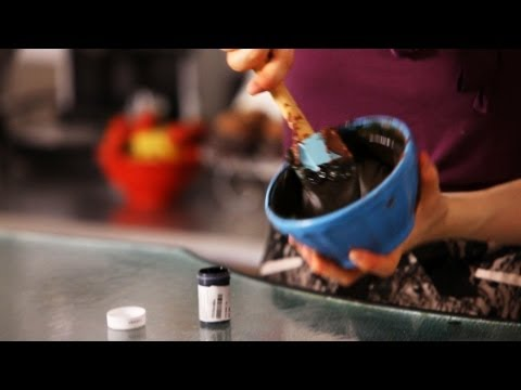 How to Make Black Frosting w/ Chocolate | Cake Decorating