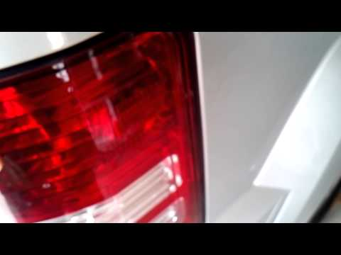 2010 Jeep Liberty tail light removal