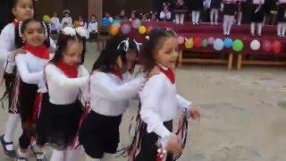 #x202b;رقصة البطريق - أداء تلميذات روضة المعهد النموذجي بالمنصورة#x202c;lrm;