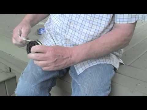 Restringing Black  and Decker GrassHog GH1000 Trimmer