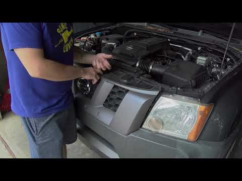 Removing the Front Grille from a Nissan Xterra - Fast Friday
