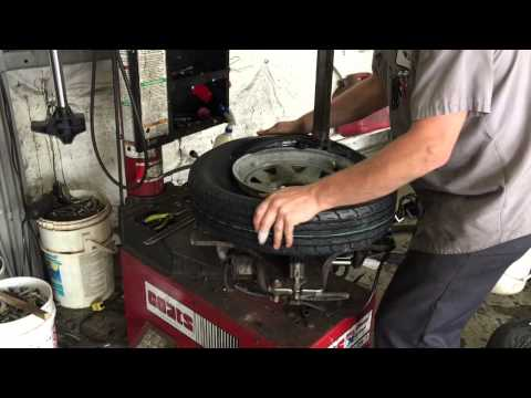 Boat Trailer Tire Replacement & Maintenance