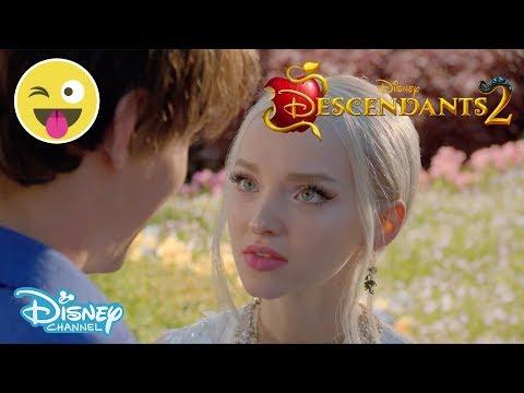 Descendants 2 | No Paparazzi 📸 | Official Disney Channel UK