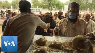 Pakistani Officials Deliver Free Food Amid Coronavirus Outbreak