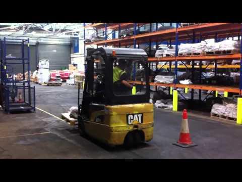 ForkliftTruckTraining4u.co.uk  -  (Counterbalance Training)