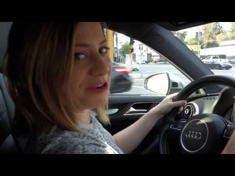 AUSTRALIAN GIRL DRIVING IN AMERICA - FUNNY!!